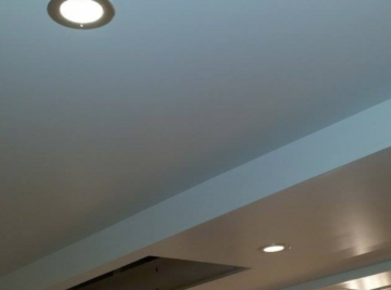 plafond spuiten U